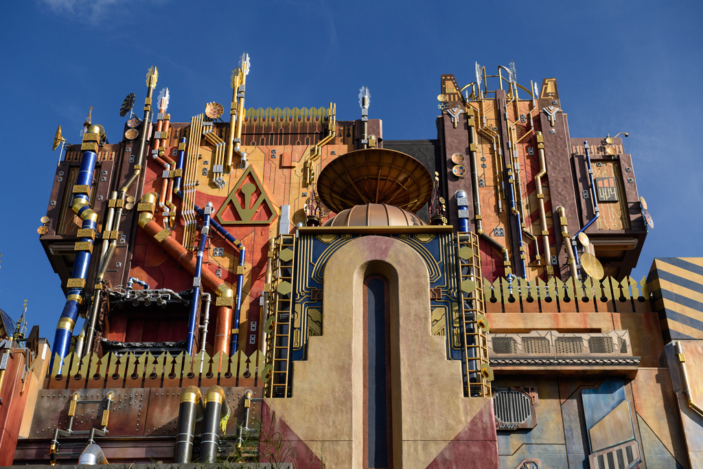 Guardians of the Galaxy - Mission: BREAKOUT! Delivers Epic Action and Awesome Music!