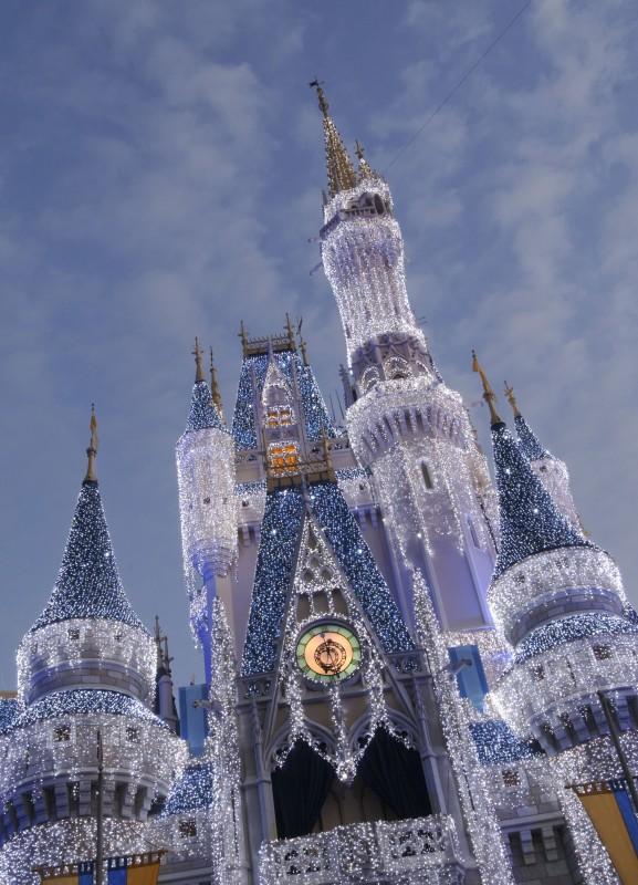 Holidays-castle-2012a.jpg