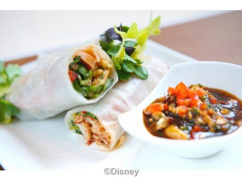 Lobster-Pad-Thai-Roll-carthay.jpg