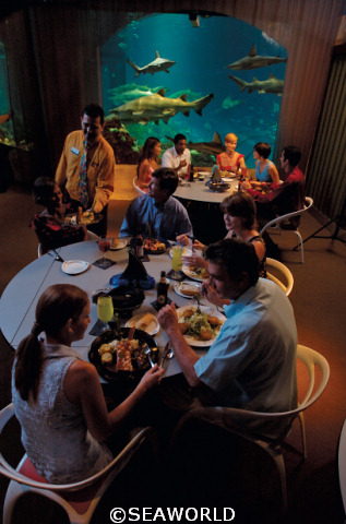 SeaWorld_Dining2.jpg