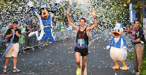 disneyland-marathon-winner-2015.jpg