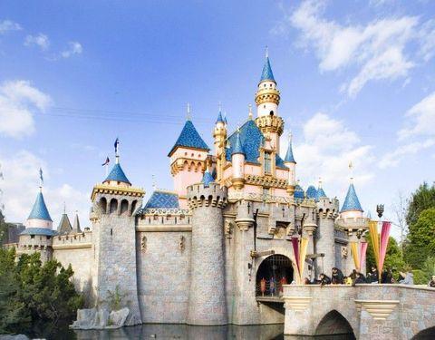 dl-castle.jpg