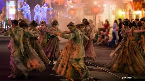 frightfully-fun-parade-at-disneyland.jpg