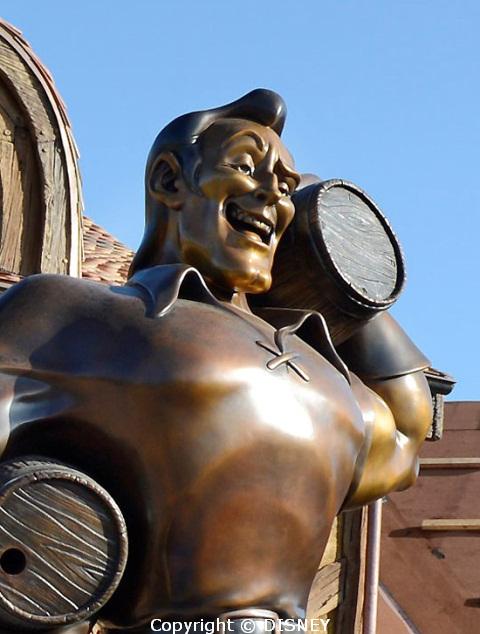 gaston-statue1.jpg