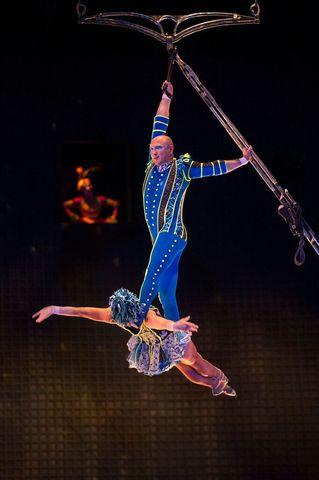 la-nouba-aerial-bamboo.jpg