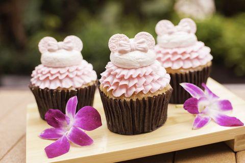 millennial-resorts-cupcake.jpg