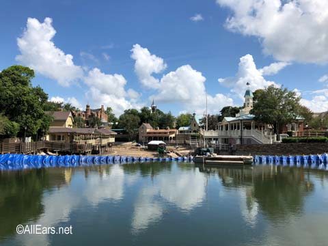 rivers-of-america-construction-2018-0906_01.jpg