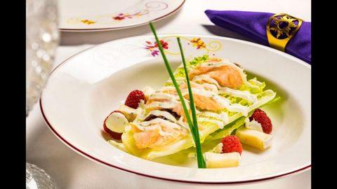 romaine-smoked-salmon.jpg