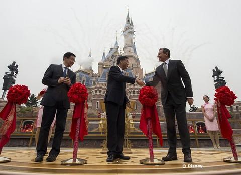 shanghai-disney-resort-opening.jpg