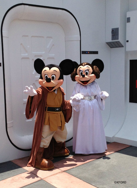 star-wars-weekends-mickey-minnie.jpg