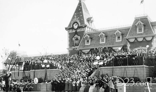 1956 Massed Choir at Disneyland
