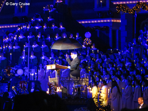 Dick Van Dyke at Candlelight Processional