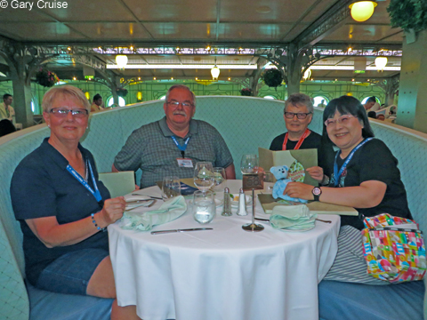 Dinner_group