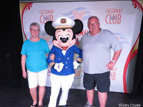 Carol_and_I_with_Mickey
