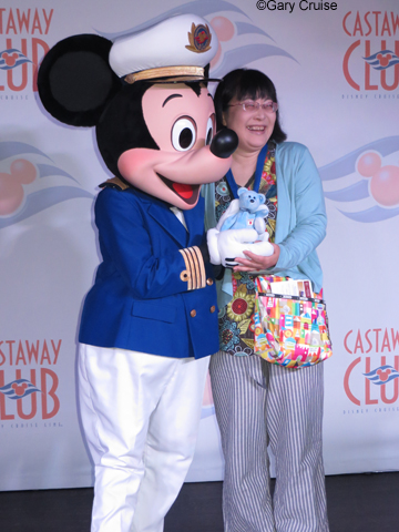Masayo_with_Mickey