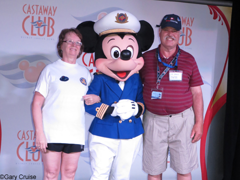 Milton_and_Michelle_with_Mickey