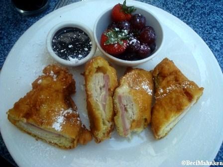 Cafe Orleans  Monte Cristo