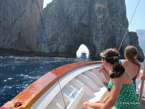 Capri-boat.jpg
