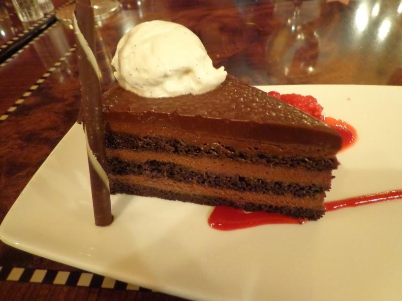 Carthay_Cake