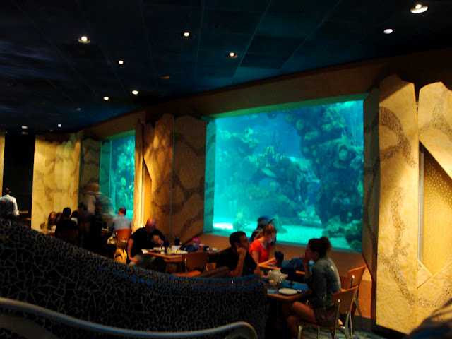 Coral Reef Dining Room1