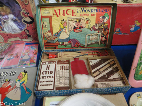 An_Alice_in_Wonderland_nurse_kit