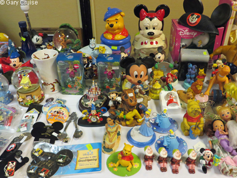 Plenty_of_Disney_goodies