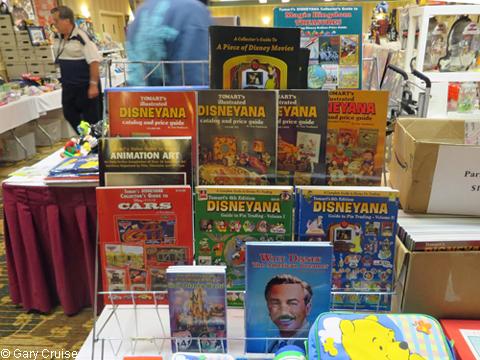 Tomart_books
