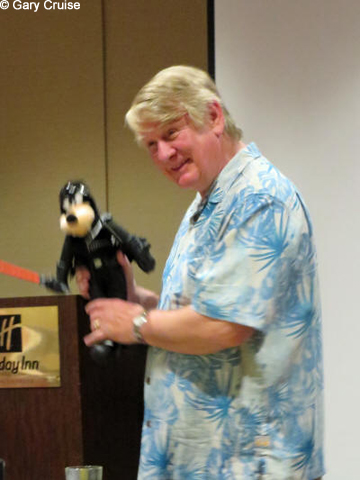 Bill Farmer and Darth Goofy