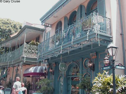 Disneland_New_Orleans_Square
