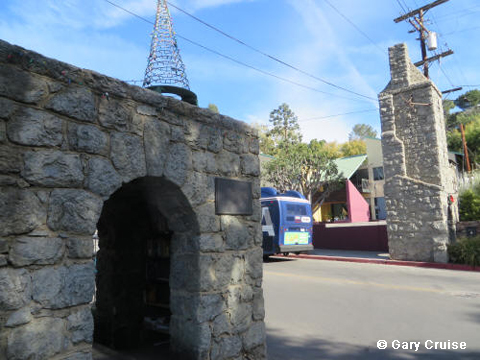 Stone gates at Hollywoodland