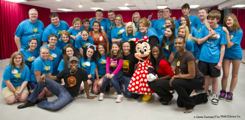 EDITED-disney-show-choir-group.jpg