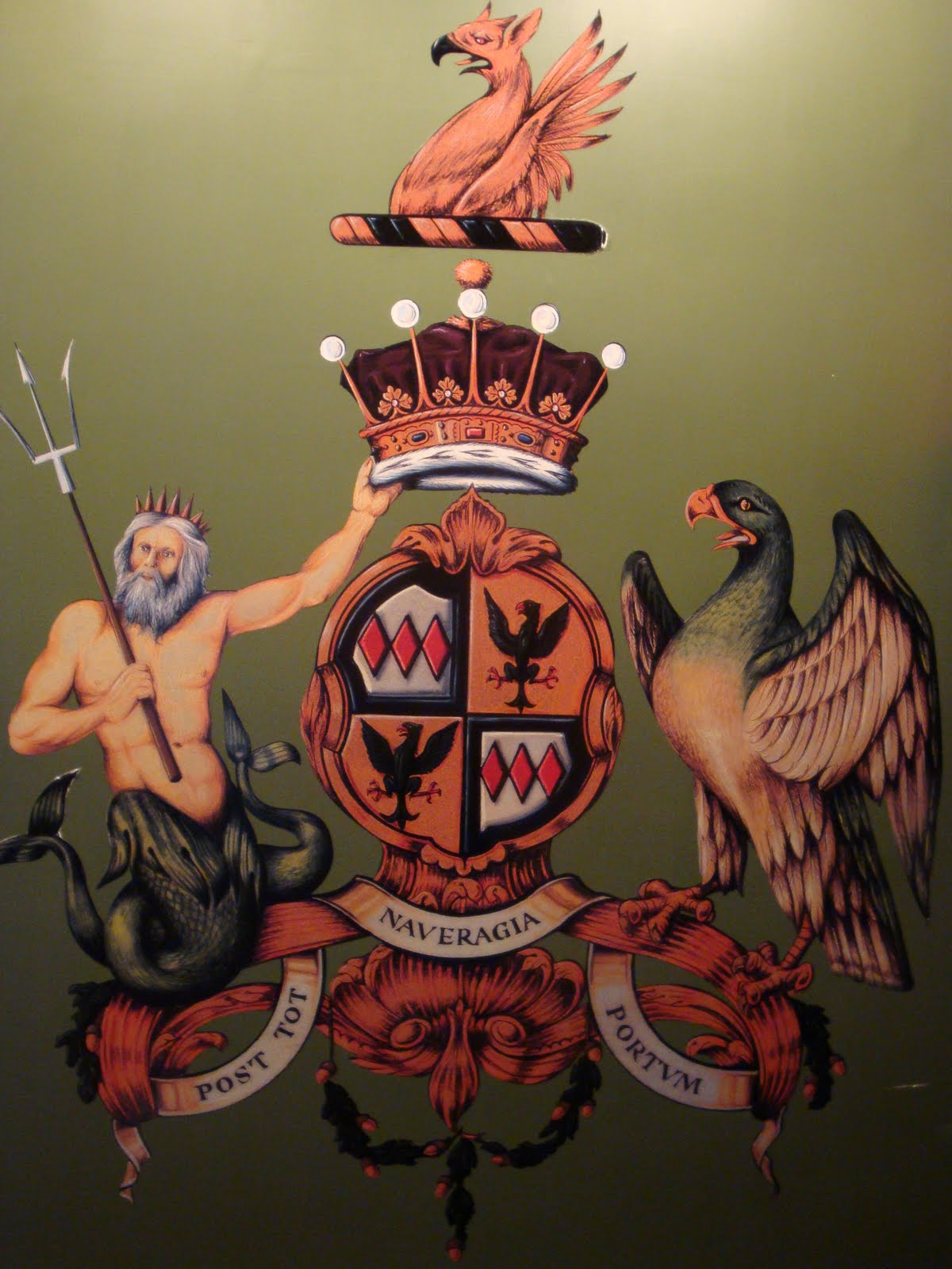 Earl_Coat_of_Arms.JPG