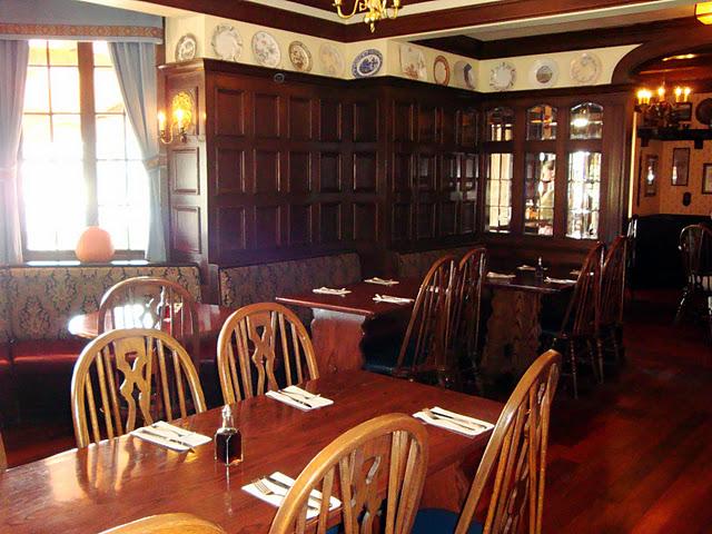 Elizabethan Room