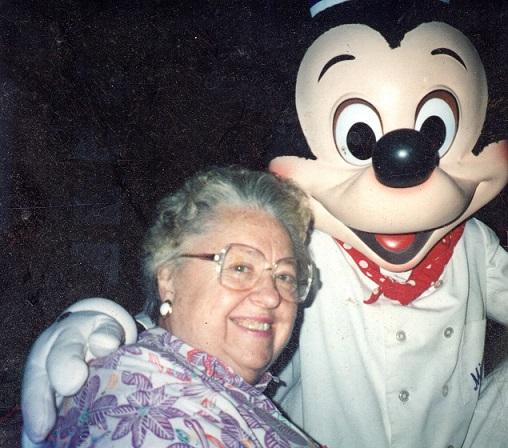 Grandma2069.jpg