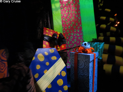 Haunted_Mansion_Gifts