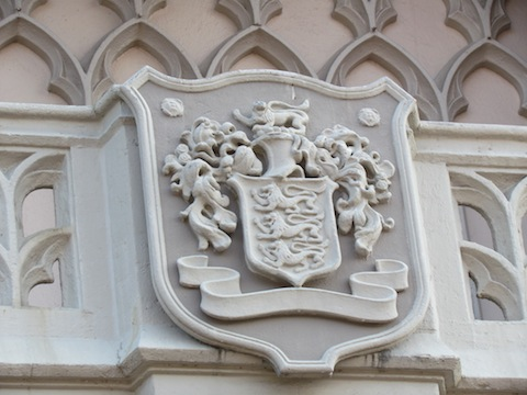 Disney family coat of arms