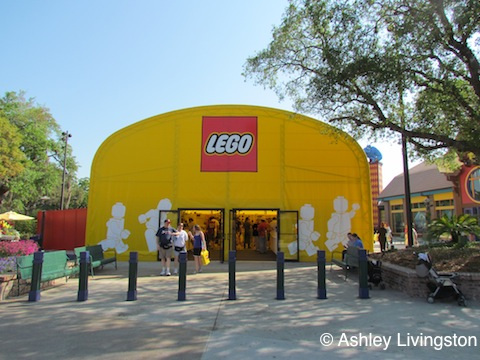 Temporary Lego Store