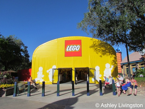 Lego Store temporary location