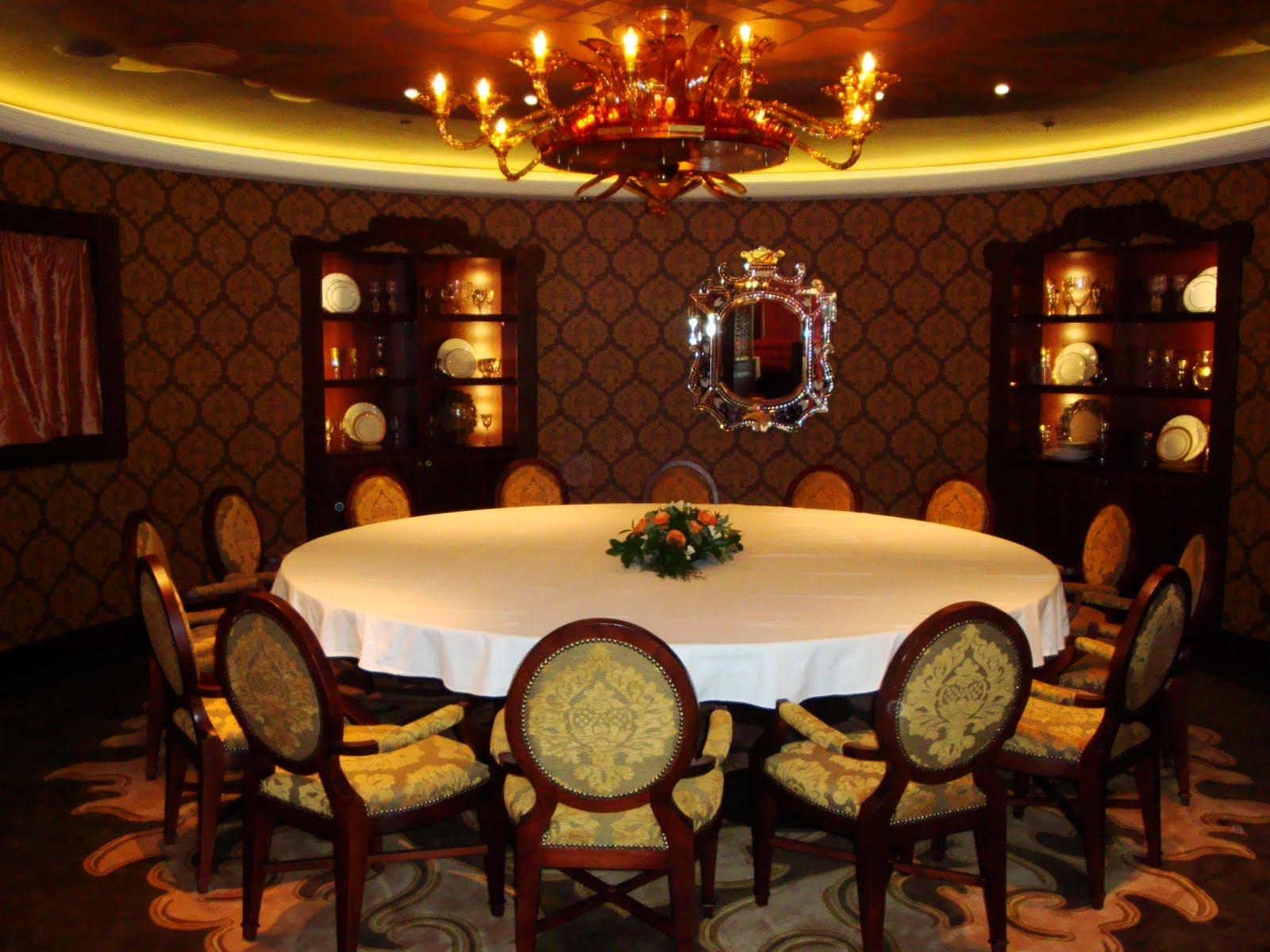 Palo_Dining_Room4.JPG