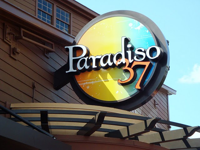 Paradiso Sign