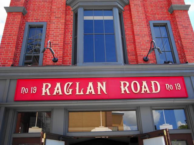 RaglanRoad Signage