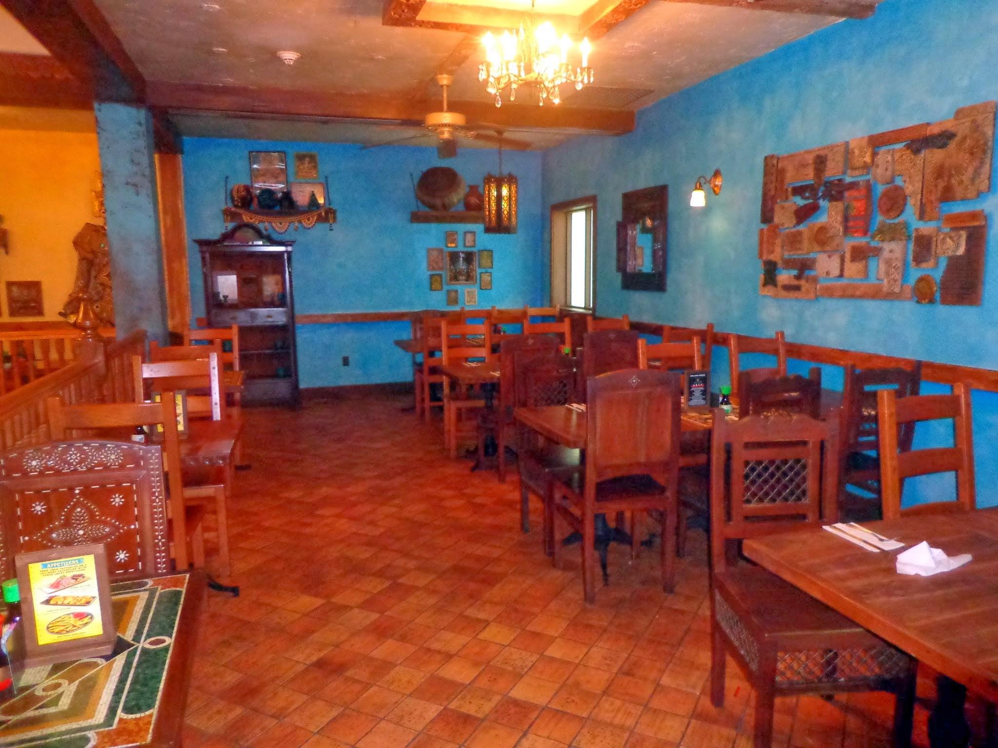 YY_Dining_Room3.JPG