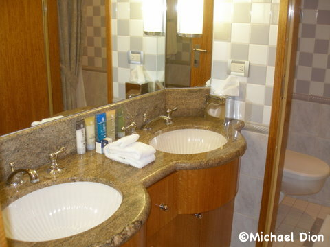 Disney Wonder Category 3 Cabin #8032 Master Bathroom