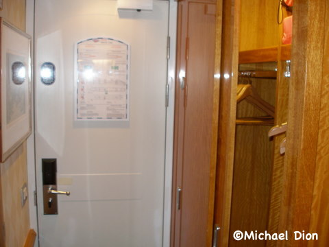 Disney Wonder Category 3 Cabin #8032