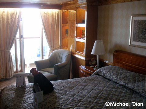 Disney Wonder Category 3 Cabin #8032 Master Bedroom