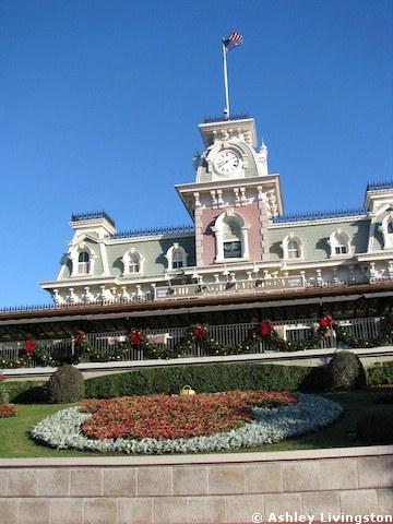 Magic Kingdom Holiday Decorations
