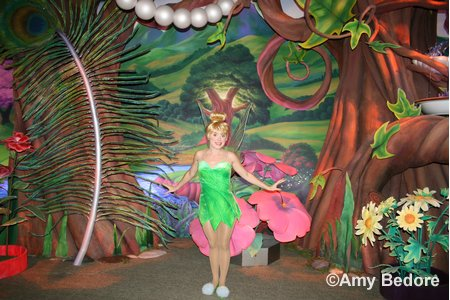 [Disneyland Park] Pixie Hollow: Tinker Bell & Her Fairy Friends (Octobre 2008) Pixiehallow14b