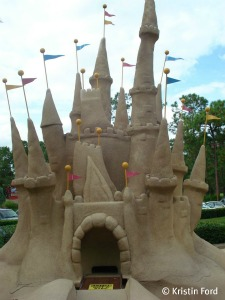 Guests can putt through a giant sand castle at Winter Summerland.
