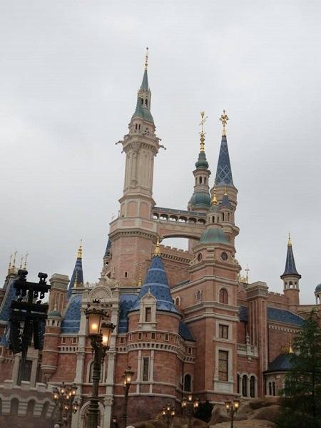shanghai-dl-castle-side.jpg