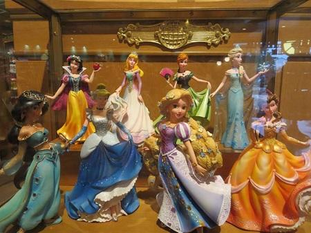 shanghai-dl-princess-figurines.jpg